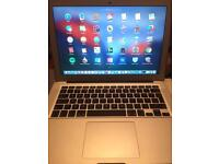 Boxed 13-inch MACBOOK AIR- 256GB- excellent condition-
