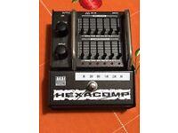 AKAI Hexacomp C2M Multiband compressor pedal
