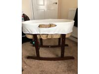 Moses basket with covers and stand