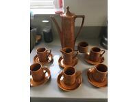 A stunning vintage retro tea/coffee set amber colour Totem pottery bargain £25