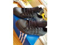 Adidas Nizza black trainers size 3.