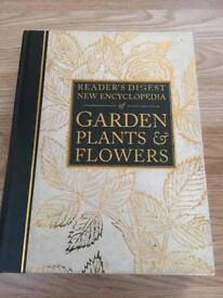Readers digest gardening book
