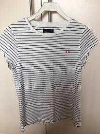 Woman's Fred Perry t-shirt