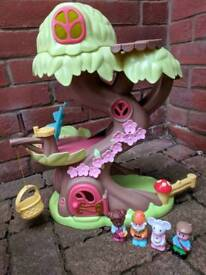 Fairy Treehouse and Boot House with Figurines