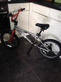 DiamondBack Stunt BMX Bike With Chrome Frame