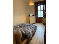 Two Bedroom Flat in Haymarket, Edinburgh, EH3