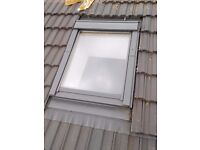 Sun roof window (100 cm x 80 cm) used but looks brand new 290 each (shop price 600)