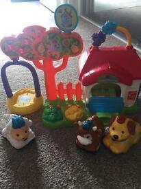 Toot toot farm doggie playhouse