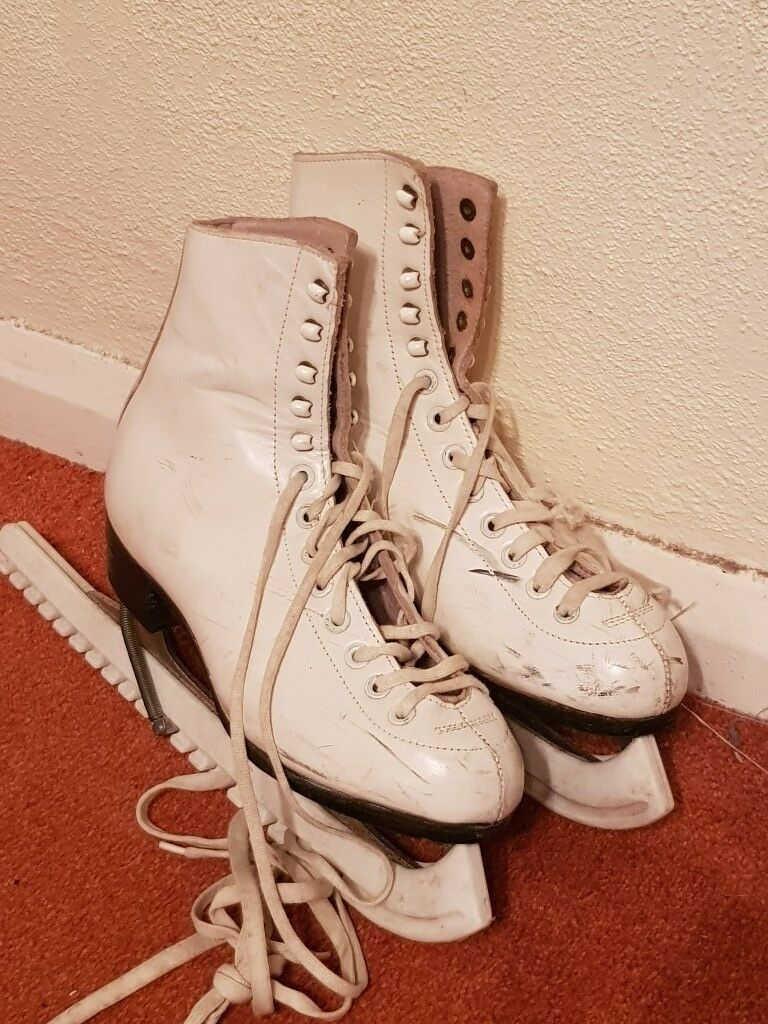 Womens ice skates size 4 £7.