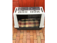 PET CARRIER - FERPLAST CAR 80 II TRANSPORT CRATE