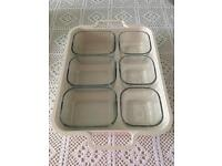 Food Storage with Tray