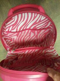 pink vanity/ beauty case