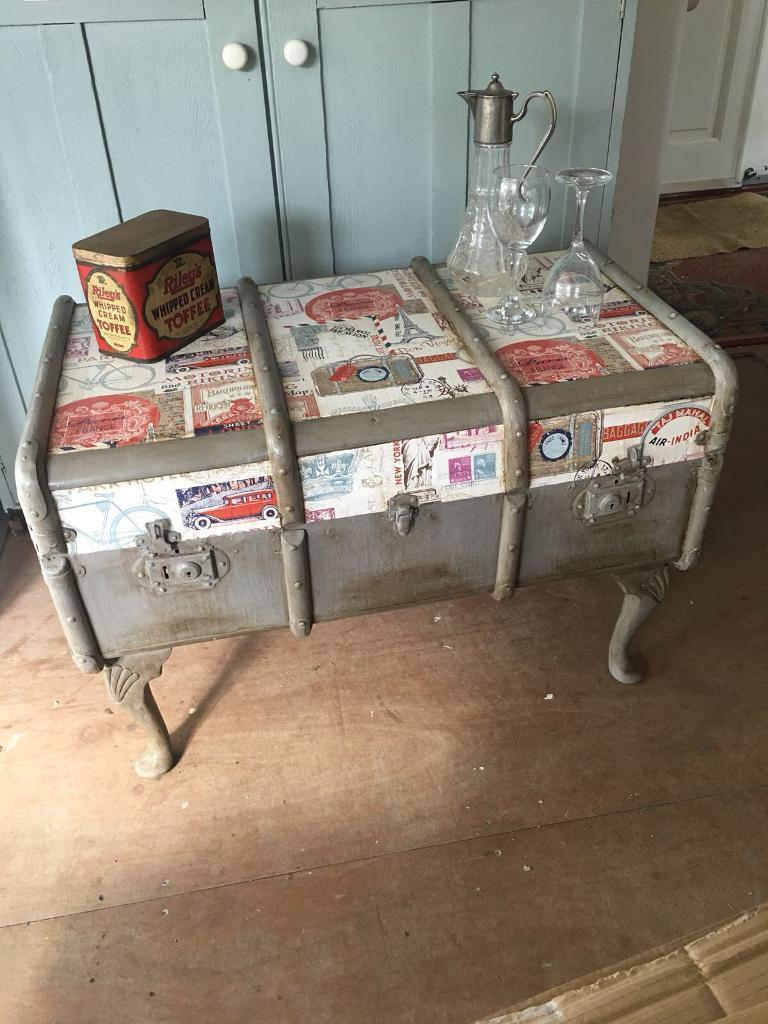 Vintage Steam Trunk Suitcase Coffee Table