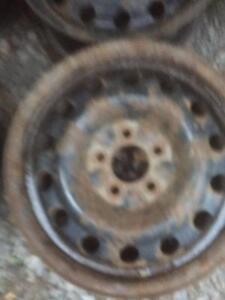 """4 roues de 16'' 5X114.3mm, centre 71.5mm, largeur 6.5"""", offset 40."""
