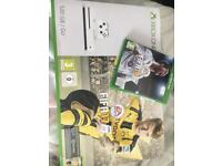 XBOX One S - 500GB FIFA 17 + FIFA 18