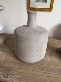 Concrete style pot