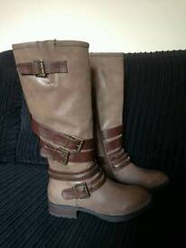 Brown knee high boots size 5