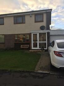 To let -3 bed house in Whitehirst Area Kilwinning