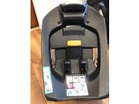 Cybex car seat and 2 bases