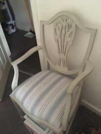 Queen Ann Shabby chic chair in very good condition