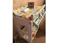 Cosatto changing table and bath station