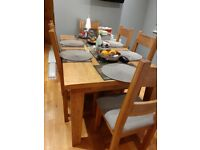 Solid Oak Extendable Dining Table with 6 oak chairs