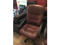 Leather Manager's Chair - Burgundy - Very Comfortable - Expensive & Robust Leather
