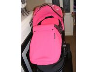 PRAM/PUSHCHAIR /CAR SEAT, 3 IN 1 TRAVEL SYSTEM BY ICKLE BUBBA.
