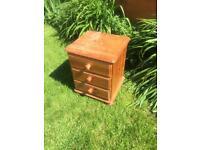 Pine drawers. 3 drawers