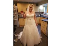 Maggie Sottero Ivory Wedding Dress size 16 with sweetheart neckline and lace up back