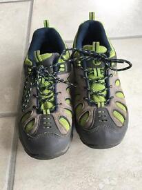 Boys Merrel shoes (size 3)