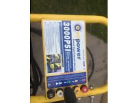 Petrol pressure washer up to 3000 psi in good working order not had much use