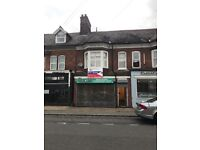 SYSTON - Large Shop and Self Contained Flat