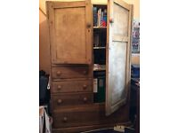 Cupboard/wardrobe