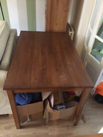 Oak stained dinning room table