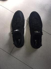 Nike Air Huarache All Black Size 10