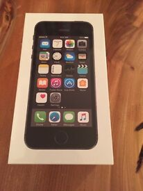iPhone 5s 16gb BNIB unlocked from network