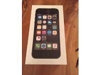 iPhone 5s 16gb BNIB unlocked from network