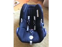 Maxi Cosi Cabriofix baby car seat - sun canopy + support pillow - £25
