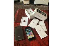 Iphone 5S space grey 16GB UNLOCKED mint 10/10 condition boxed accessories no offers