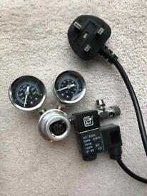 CO2 regulator aquarium dual gauged solenoid magnetic valve