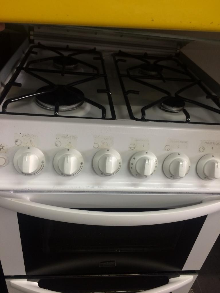 White Parkinson Cowan 50cm gas cooker grill & double ovens with guarantee