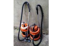 2 x VAX 2000 (Spares or Repair) 3-in-1 Wet Dry Shampoo Carpet Vacuum Cleaners
