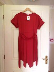 Medium Sized Boohoo Dress
