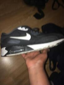 Air max 90 ultra se size 8.5