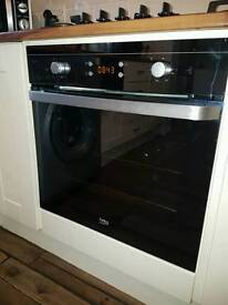 Single oven with built in grill