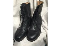 Black army boots size 12