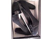 Black ladies heels size 41 smart Nottingham