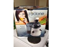 Cyclone juicer