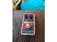 Electro Harmonix Satisfaction Fuzz pedal